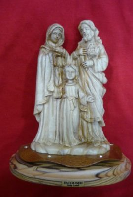 Beautiful-Carved-Holy-Family-Olive-Wood-Sculpture-Handmade-Statue-Bethlehem-0