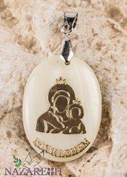 Bethlehem-Holy-Mary-with-Jesus-Mother-of-Pearl-Pendant-Madonna-Amulet-Handmade-0