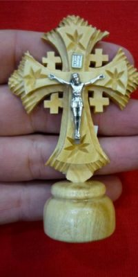 Jesus-Cross-Crucifix-Carved-Olive-Wood-Statue-Figure-From-Jerusalem-Holy-Land-0-1